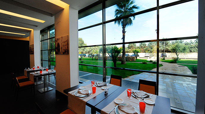 The Cube Bar & Restaurant presso Hilton Garden Inn Lecce